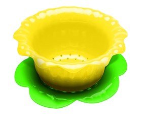 Zak Designs Daffodil Colander with Saucer, Yellow/Green