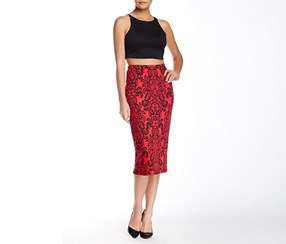 Bobeau Women's Embossed Tube Skirt, Red