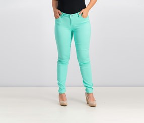 Celebrity Pink Jeans Juniors' Colored Skinny Jeans, Lucite Green