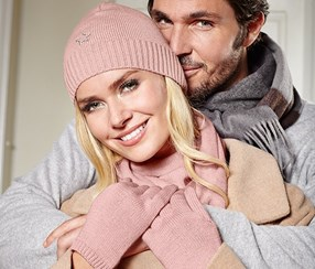 Women's Knitted Gloves, Pink