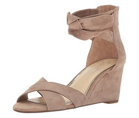 Jessica Simpson Women's Cyrena Wedge Sandal,  Warm Taupe